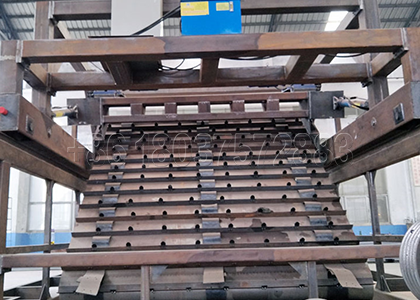 SEEC chain plate type compost turner for hadling waste