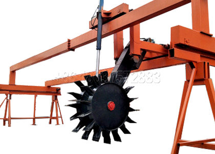 Wheel Type Composting Machine in Composting Dairy Manure Process